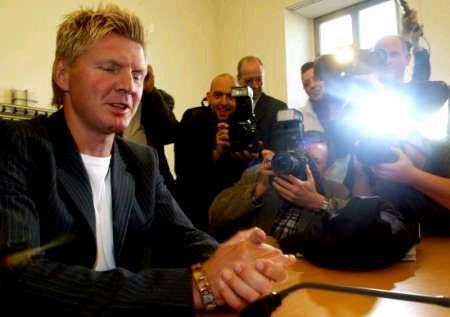 德国大嘴成法庭名人 埃芬博格侮辱交警遭指控