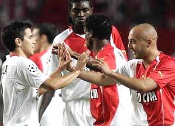 冠军杯-利物浦战平拉科萨维奥拉世界波助摩纳哥
