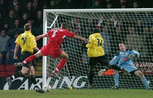 联赛杯-杰拉德再发威利物浦进决赛静候曼联切尔西