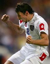 世界杯预赛-劳尔破门西班牙战平范尼2球荷兰大捷