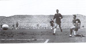 足总杯老照片-41年前关键一战利物浦苦战力克切尔西