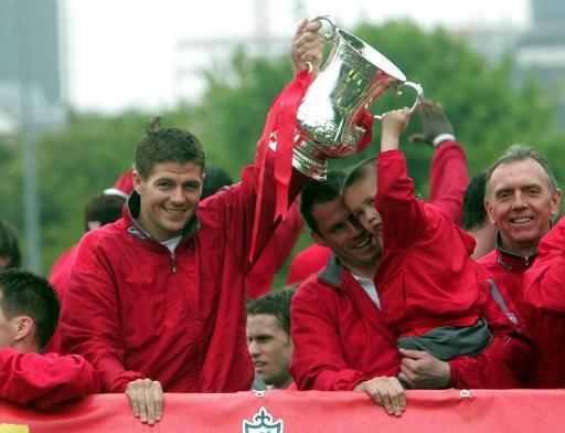 英格兰联赛数据全记录利物浦力压曼联获得历史冠军