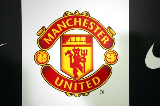 曼联队徽:M和U结合成小魔鬼红魔栩栩如生(图)