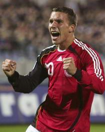 欧洲杯预选赛-德国法国开杀戒荷兰小胜葡萄牙负