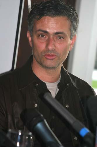 切尔西官方声明谈里皮穆里尼奥:现在打曼联必拿三分