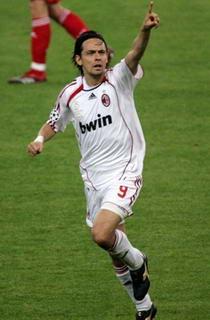 冠军杯-因扎吉两球AC米兰2-1复仇利物浦7次登顶
