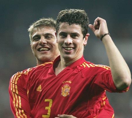 西班牙VS英格兰华金与德尔奥尔诺庆祝