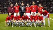 图文-[冠军杯]曼联2-1里昂弗格森和队员照全家福