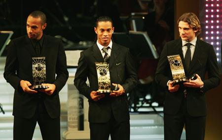 图文-国际足联足球先生揭晓三大巨星各有所获
