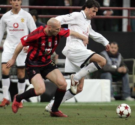 图文-[冠军杯]AC米兰VS曼联国家队队友俱乐部对手