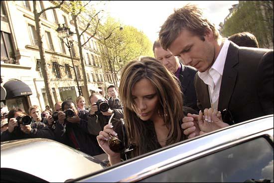 贝克汉姆携辣妹造访巴黎俊男辣女焦点人物