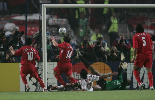 图文-[冠军杯]AC米兰vs利物浦阿隆索点球补射