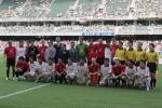 图文-曼联2-0中国香港联队双方球员赛前合影