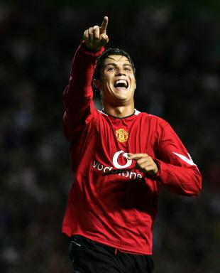 图文-[冠军杯]曼联3-0德布雷岑暗黑中走来的红色希望