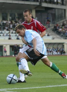 图文-热身赛匈牙利VS阿根廷达莱桑德罗依旧神勇