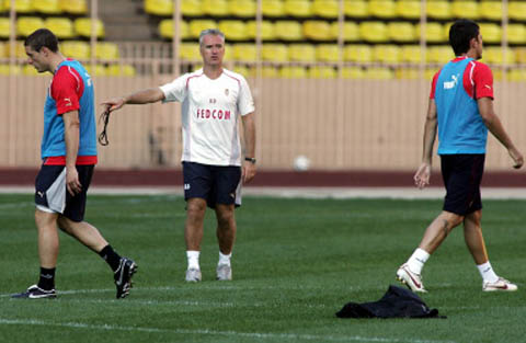 图文-[联盟杯]摩纳哥赛前备战德尚指挥训练