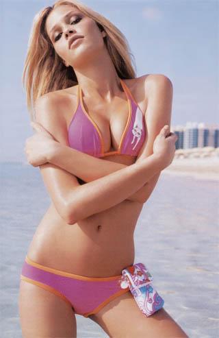 图文-维埃里的甜蜜岁月巴西性感女模特搭档波波