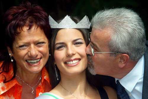 图文-2005意姐冠军支持尤文亚平宁经典美女