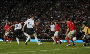 英格兰踢翻波兰出了口恶气全场漫游之人成绝对主角