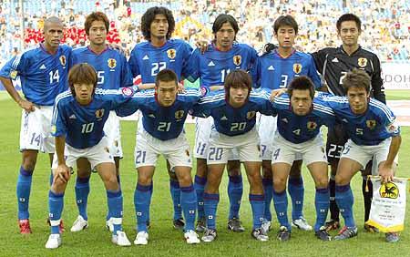 图文-2006德国世界杯32强一览日本国家队全家福
