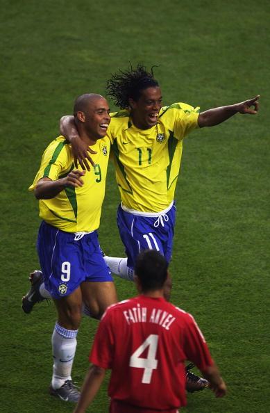 图文-罗纳尔迪尼奥巴西领袖率领巴西笑傲世界杯
