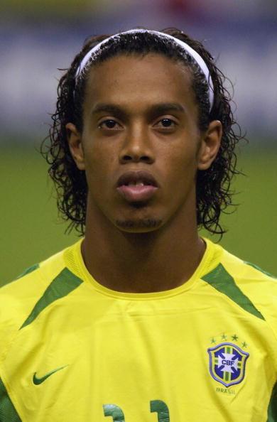 图文-罗纳尔迪尼奥的质变02年世界杯上的配角
