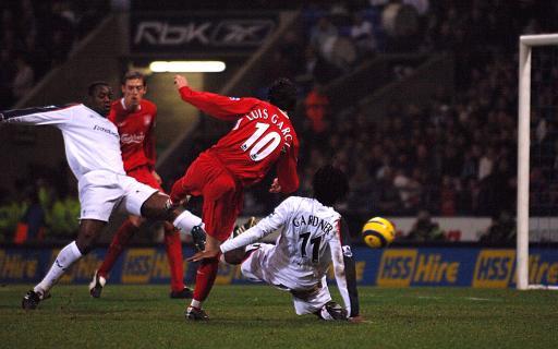 图文-[英超]博尔顿2-2利物浦加西亚关键扳平瞬间