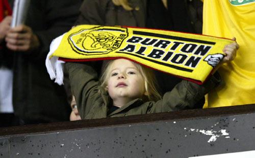 图文-[足总杯]曼联5-0伯顿足球要从娃娃抓起