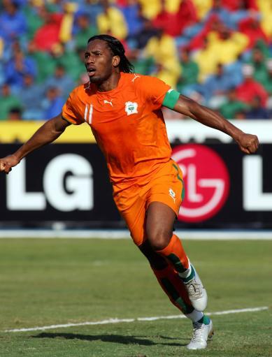 图文-[非洲杯]摩纳哥VS科特迪瓦切尔西前锋飞翔