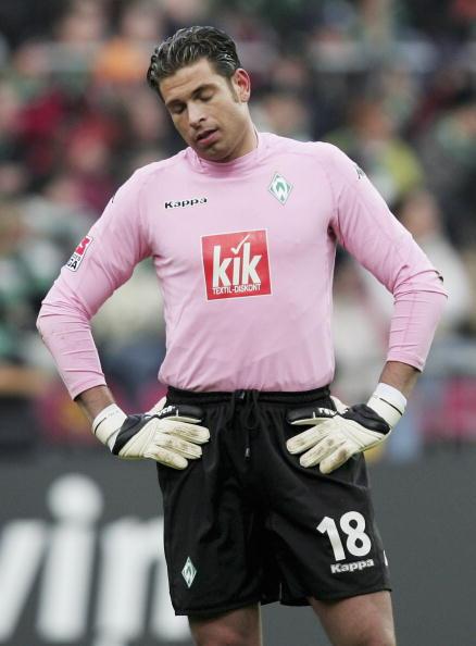 图文-[德甲]不莱梅0-2凯泽斯劳滕维泽今日最不幸的人
