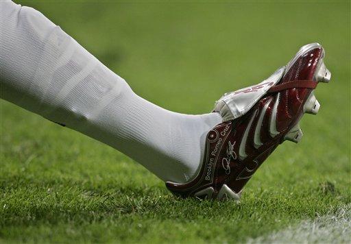 图文-[西甲]皇马0-0皇家贝蒂斯近观贝克汉姆战靴