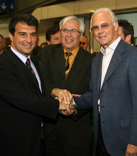 图文-巴塞罗那足球贸易博览会开幕开幕式上三巨头