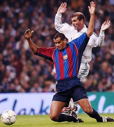 图文-齐达内精彩足球生涯与里瓦尔多成最亮风景