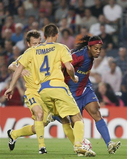 图文-[冠军杯]巴塞罗那5-0索非亚谁能阻止小罗