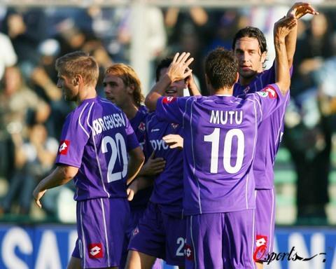 图文-[意甲]佛罗伦萨2-3巴勒莫穆图有望拯救紫百合