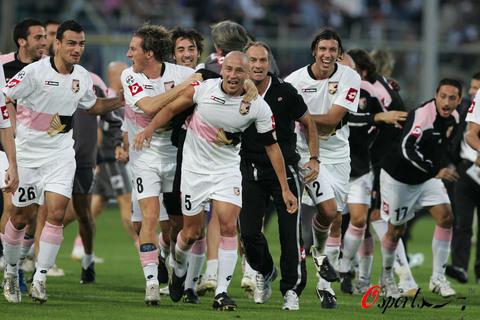 图文-[意甲]佛罗伦萨2-3巴勒莫我们留在了积分榜首