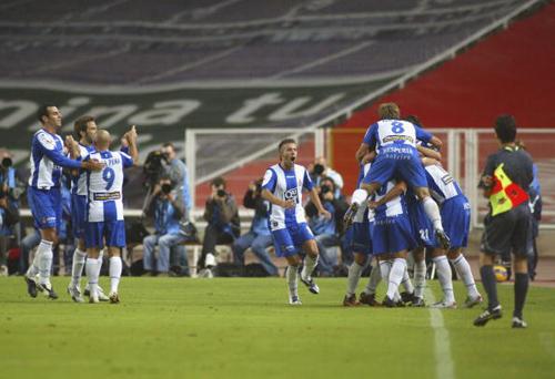 图文-[西甲]西班牙人1-1瓦伦西亚进球点燃蒙胡伊奇