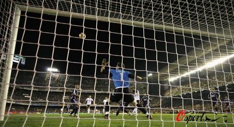 图文-[西甲]瓦伦西亚0-1皇马圣卡西确保3分到手