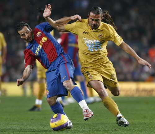 图文-[西甲]巴塞罗那VS塔拉戈纳如此精湛的控球技术