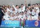 图文-AC米兰问鼎欧洲冠军杯红黑军团荣耀时刻