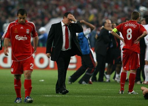 图文-红军利物浦失意冠军杯贝尼特斯脸上写满失望