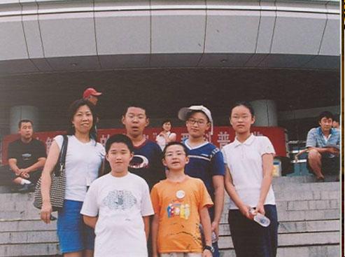 弈坛春秋围棋频道承办的第一个国际比赛北京代表团合影留念