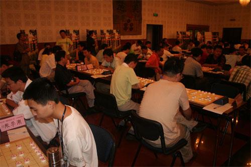 ...全国象棋排名赛在中国棋院继续进行.半决赛对阵为胡荣华VS