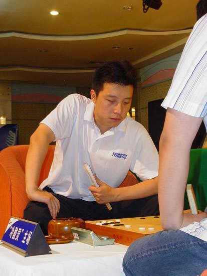 图文-2007围甲联赛第三轮开战古力再度担任主将