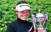 张娜加洞赛击败文贤喜五邑锦标赛赢第一个冠军