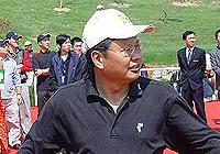 洗脑教授以杆会友项兵用高尔夫经营长江商学院