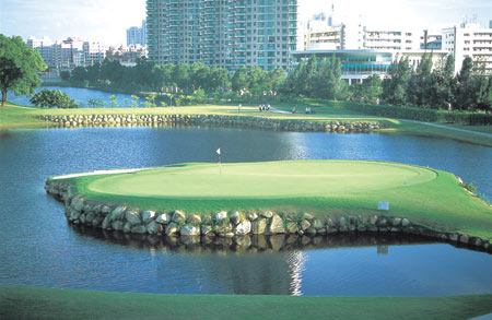 都市神秘园孕育名将深圳高尔夫俱乐部走过20年