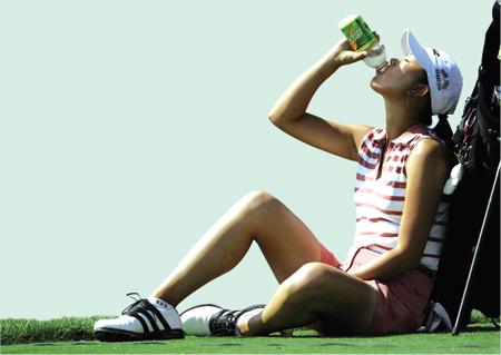 高尔夫饮料一饮难尽茶品独占鳌头功能饮料异军突起