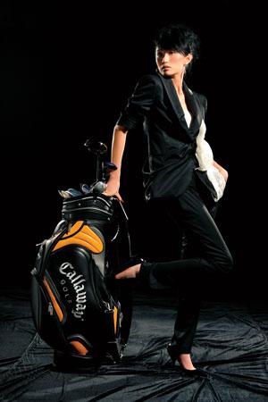 愿意和高手一起打球果岭美女张澍感悟高尔夫