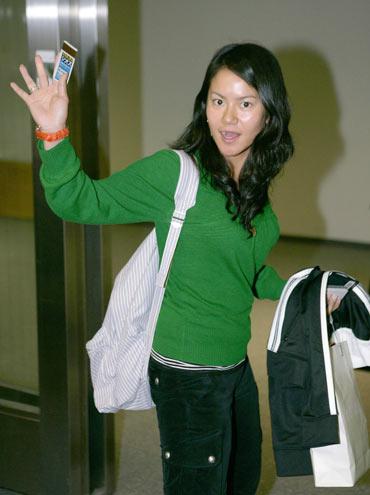 图文故事:宫里蓝前往美国备战07赛季SBS公开赛